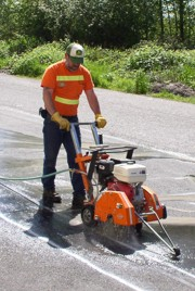 Asphalt cutting - commercial electrical installation